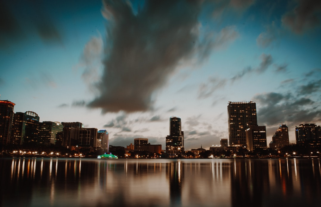"autor foto 1: Licencia libre texto para etiqueta ALT foto 1: ""Orlando, Estados Unidos"""